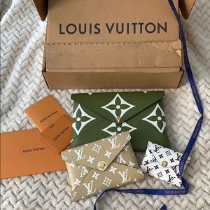 LV Giant Collection Kiragami pouch Medium